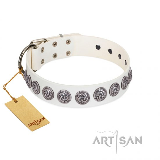 """Bohemian Spirit"" Handmade FDT Artisan White Leather Mastiff Collar with Vintage Decorations"