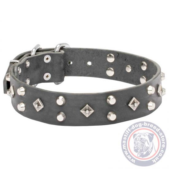Mastiff Leather Dog Collar with Decorative Pyramids