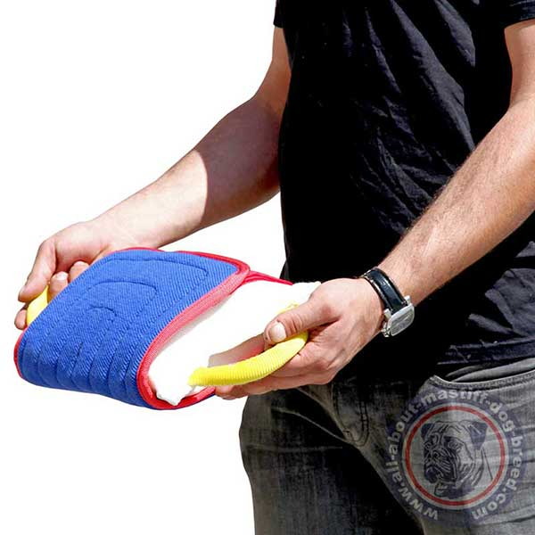 Bite dog pad with soft surface