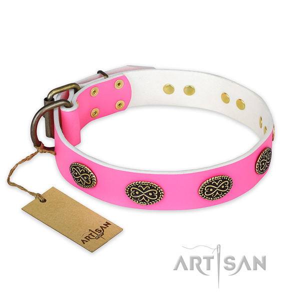 Trendy full grain natural leather dog collar for handy use