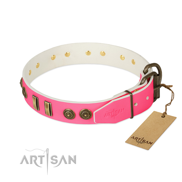Reliable buckle on full grain leather dog collar for your dog