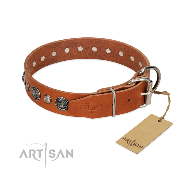 Best quality genuine leather dog collar with rust-proof buckle