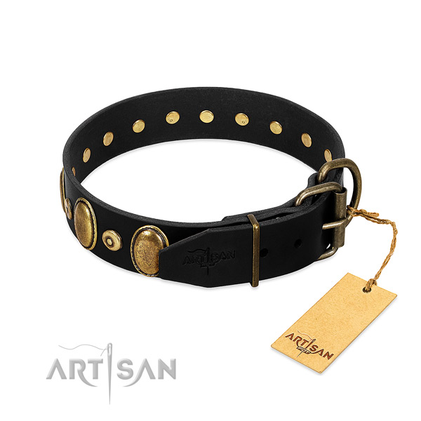 Strong studs on comfy wearing collar for your canine