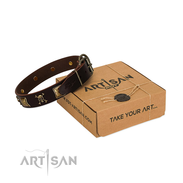 Top rate full grain genuine leather dog collar with top notch decorations