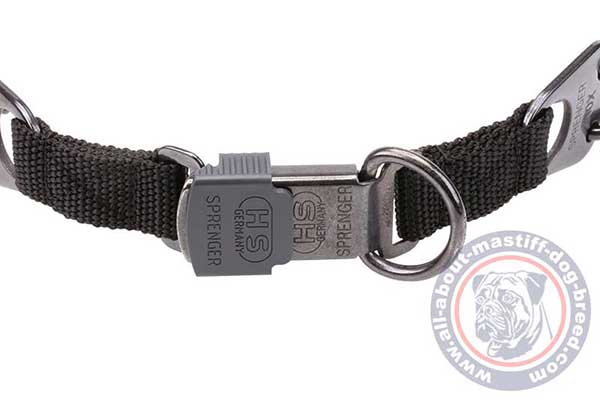 Dependable black steel pinch dog collar
