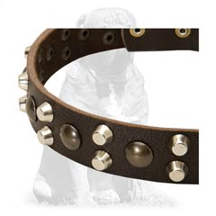 Rounded soft Mastiff leather collar