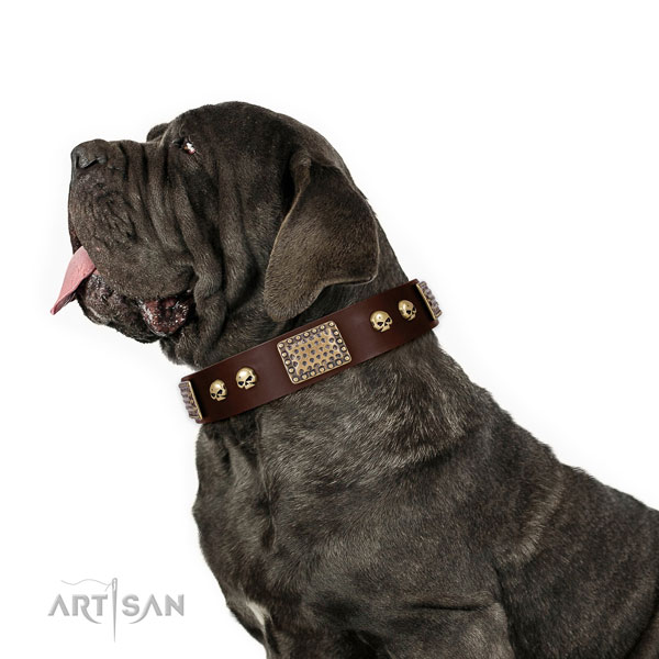 Reliable fittings on full grain natural leather dog collar for easy wearing