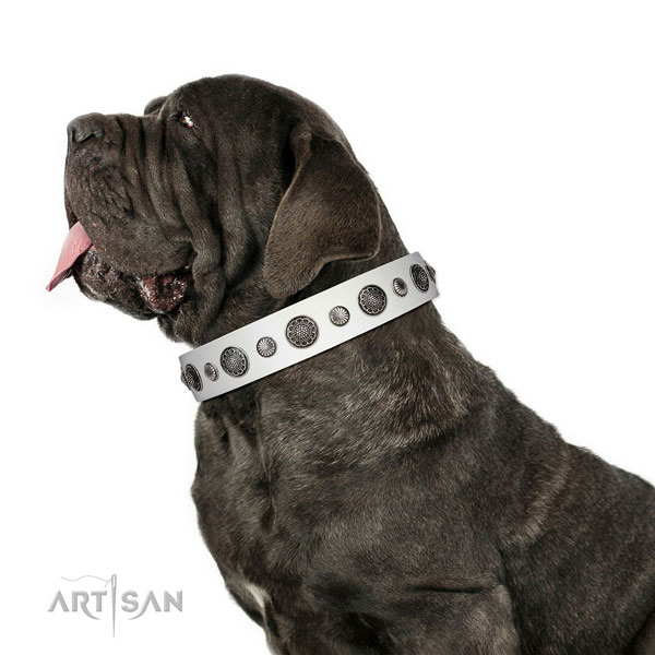 Easy wearing genuine leather dog collar with rust-proof buckle
