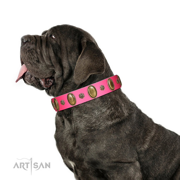 Stylish walking reliable natural genuine leather dog collar with adornments